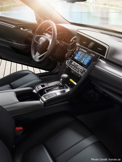 New Car Buying Guide: 10 Interior Features to Consider